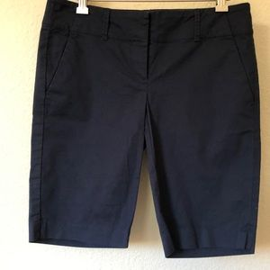 Ann Taylor Navy Blue Bermuda Shorts Stretch 0